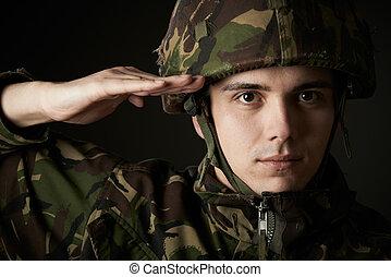 retrato, de, soldado, en, uniforme, saludar