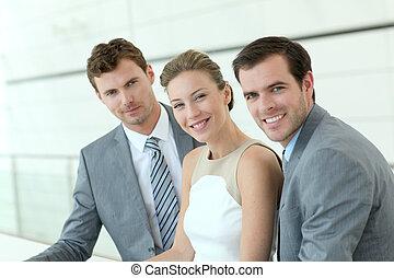 retrato, de, sorrindo, equipe negócio