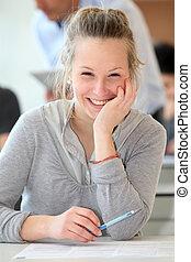 retrato, de, sorrindo, estudante, menina, classe
