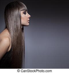 retrato, de, um, bonito, morena, mulher, com, longo, cabelo reto