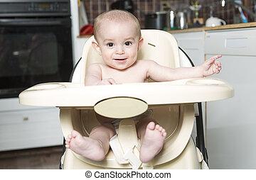 retrato, de, um, feliz, bebê, em, a, highchair, cozinha