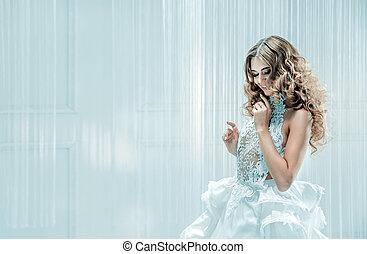 retrato, de, um, loura, mulher bonita