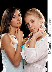 retrato, de, un, dos, hermoso, mujeres jóvenes