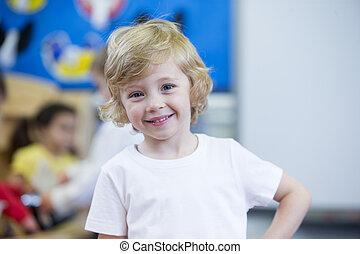 retrato, de, un, guardería infantil, estudiante