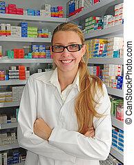 retrato, de, un, hembra, farmacéutico, en, farmacia