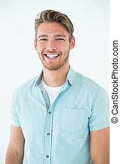 retrato, feliz, homem jovem