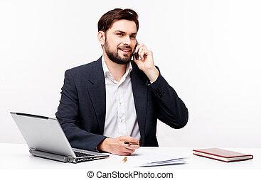 retrato, hombre de negocios, confiado