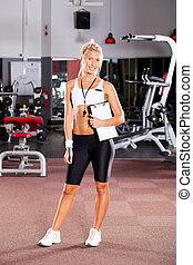 retrato, instructor del gym, joven, hembra