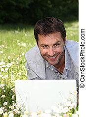 retrato, laptop, homem