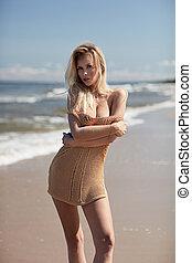 retrato, loura, praia, relaxante, mulher, bonito