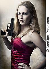 retrato, moda, arma, mulher segura, excitado