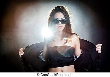 retrato, mujer, gafas de sol, Moda