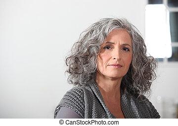 retrato, mujer, más viejo