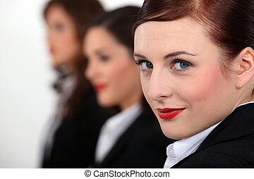 retrato, mujeres, tres, fila