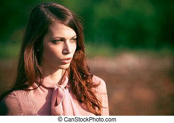 retrato, mulher, ao ar livre
