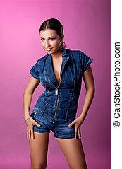 retrato, mulher jovem, calças brim, paleto, bonito
