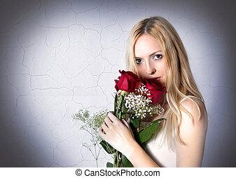retrato, mulher, rosas vermelhas