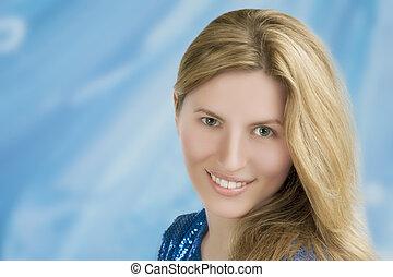 retrato, mulher sorridente, jovem, loura