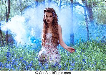 retrato, niña, bosque, artístico, bluebell