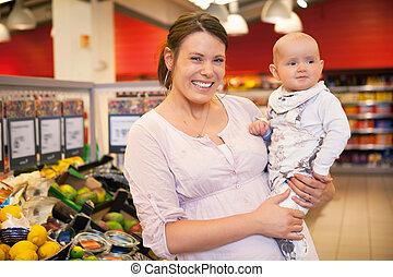 retrato, niño, tienda, madre