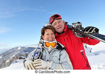 retrato, par, esqui, maduras, feriados