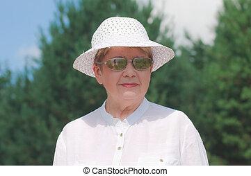 retrato, pensionista