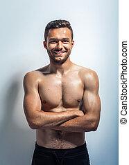 retrato, shirtless, sorrindo, muscular, homem