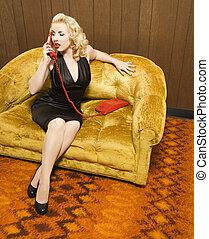 retro, 여자, 통하고 있는, 전화.