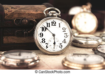 retro, anticaglia, orologio, tasca, argento