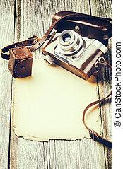 retro, fotoapperat, auf, altes , holz, hintergrund