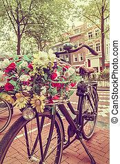 retro, gestyleerd, beeld, van, een, hollandse, fiets, in, amsterdam