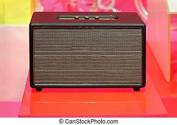 Retro guitar amplifier