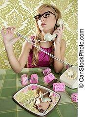 retro housewife telephone woman vintage wallpapaper