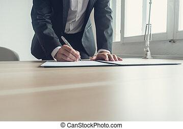 retro, image, de, a, avocat, signer, testament