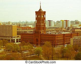 Retro looking Rotes Rathaus, Berlin - Vintage look Rotes...