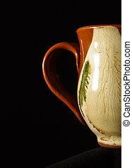 Retro mug handle low key