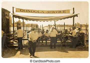 Retro Postkarte, Gondel Service with gondolier at Pier,...