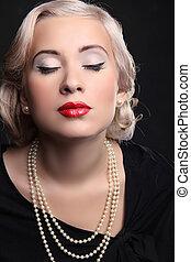 retro, retrato de mujer, con, labios rojos, y, rubio, peinado