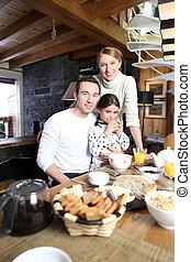 reunido, familia joven, cocina
