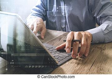 reussite, homme affaires, main, utilisation, stylus, stylo, tablette, amarrage, intelligent, clavier, sur, bureau bois