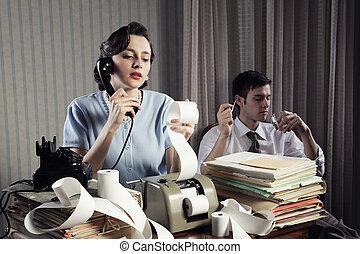 revisor, sekreterare, retro, kvinna, årgång, kontor