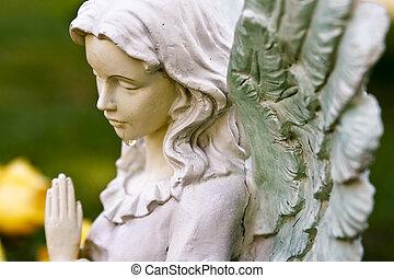 rezando, ángel