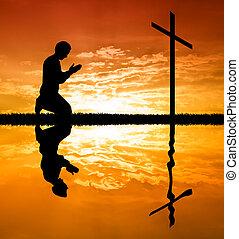 rezando, cruz, hombre, debajo