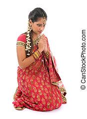 rezando, posición, niña, indio