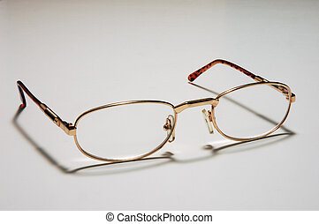 rgeöffnete, brille