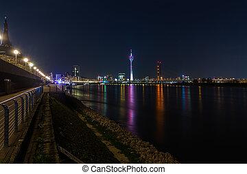 rhine Promenade in Dusseldorf at night