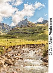 Rhino Peak (3056m) and the Mlambonja River