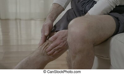 rhumatismal, douleur, aîné, frottement, maladie, plaie, souffrance, sien, thérapie, douloureux, genou, elle-même, masage, homme