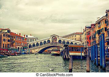 Rialto bridge on Grand canal, Venice