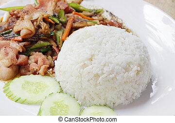 rice and Stir-fried kale with crispy pork